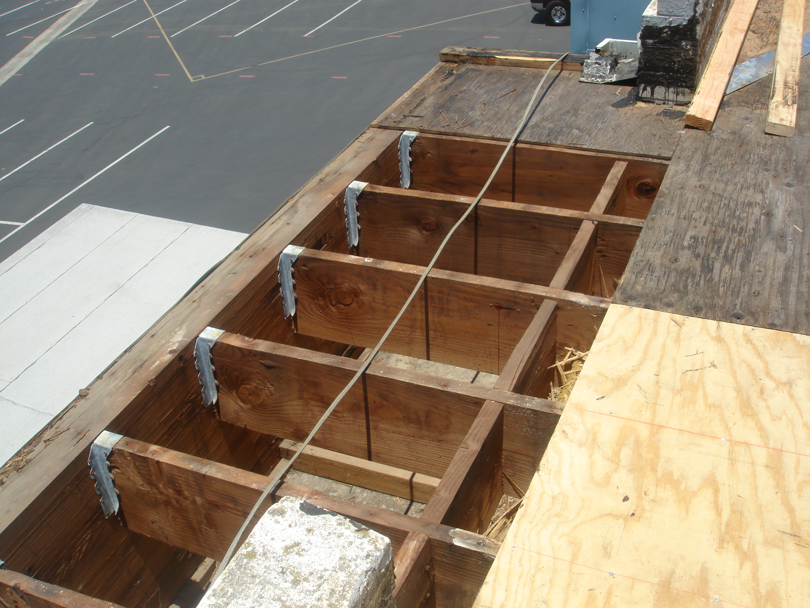 Commercial And Industrial Roofing Systems